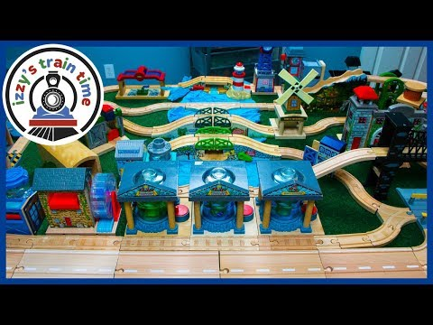 Thomas and Friends! DAD BUILDS A MYSTERY BAG TRACK! Fun Toy Trains for Kids!