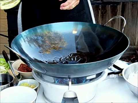 outdoor wok cooking stir fry on portable burner youtube. Black Bedroom Furniture Sets. Home Design Ideas