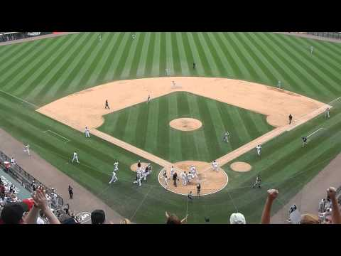 Adam Dunn's Walk Off Home Run as the Chicago White Sox Win on the 4th of July