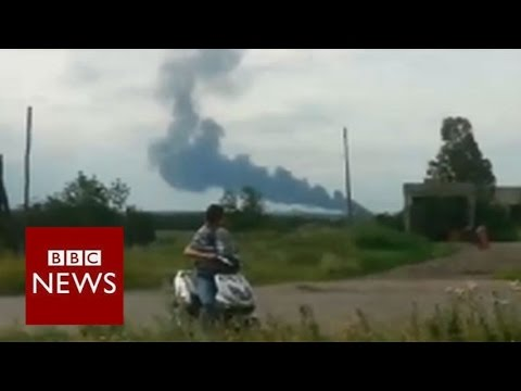 Malaysian airliner crashes in Ukraine - BBC News