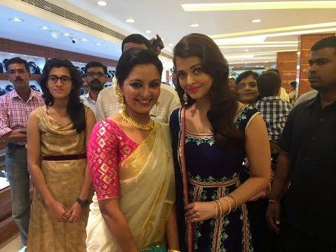 Aishwarya Rai and Manju Warrier * Kalyan Jewellers Inaguration