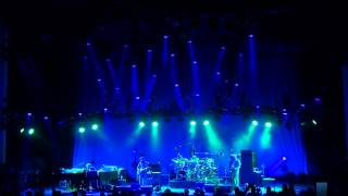 Watch Phish Crosseyed And Painless video