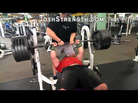 Jeremy Hoornstra Bench Press Training Image 1