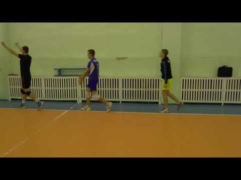Волейбол разминка без мячей. Упражнения в движении