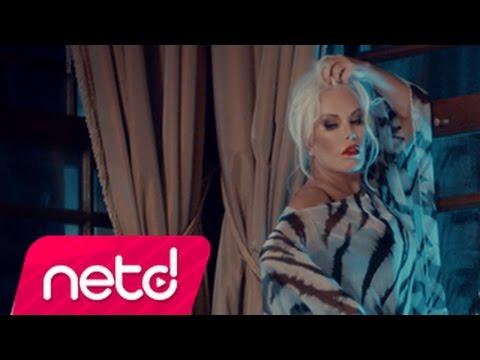 Ajda Pekkan feat. Volga Tamöz - Ayrılık Ateşi