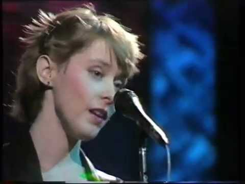 SUZANNE VEGA-SMALL BLUE THING