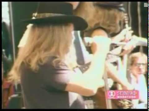 Lynyrd Skynyrd - Free Bird Live Oakland, California 1977 (full Version) video