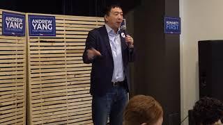 Andrew Yang in Cedar Rapids