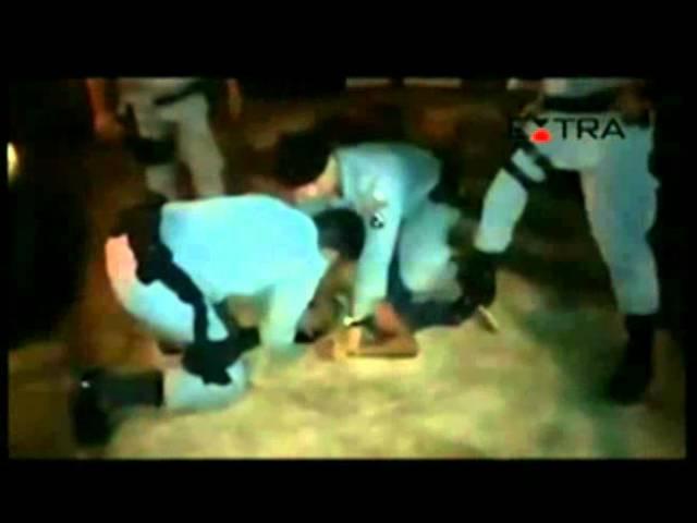 Guardas na rua, orando por homem possesso, não mataram ninguém.