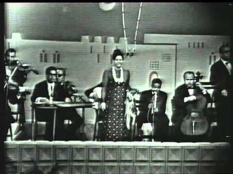 Umm Kulthum's concert in Abu Dhabi in the 1970s