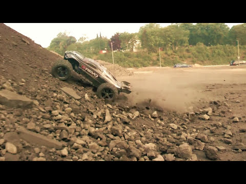 Traxxas E-Maxx VS E-Revo First Encounter MAPASA 8 RC