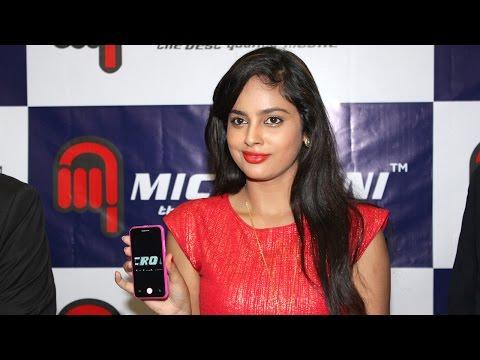 Nandita Launches Micro Mini Smartphones | Galatta Tamil