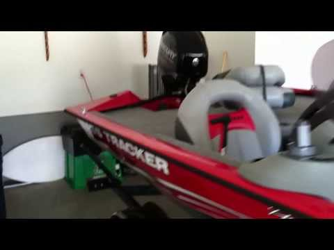 Tracker Pro 175 TXW boat tour and review