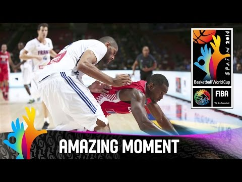 France v Croatia - Amazing Moment - 2014 FIBA Basketball World Cup