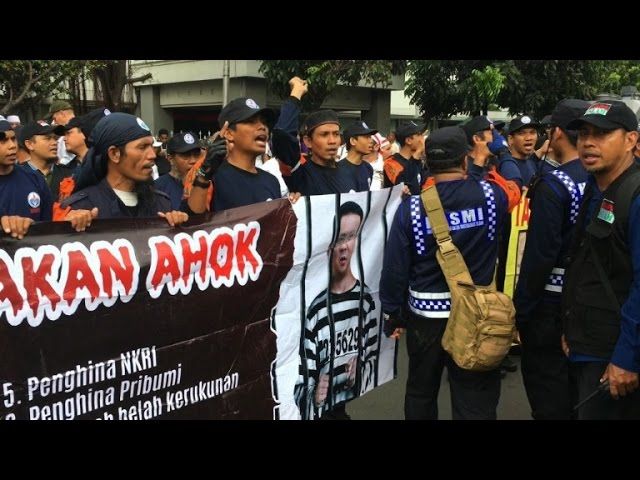Indonesians protest against Christian governor Ahok