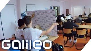 Lehrer vs. Schüler: Spicker im Test | Galileo | ProSieben