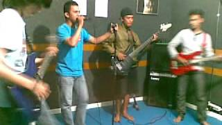 download lagu Kalano Band - Sepi Gelisah Ungu.mp3 gratis