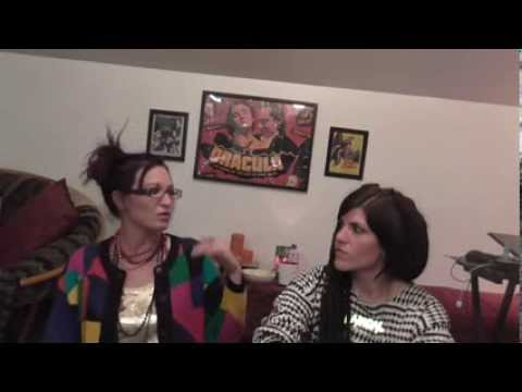 Hangout Vlog with Cyndy - Dead Boyfriends and Ugly Sweaters