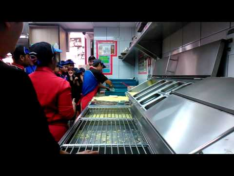 Faster Pizza Maker Competition Me Bhakta video