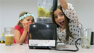 SMOOTHIE CHALLENGE!! With Avia & Emmi!