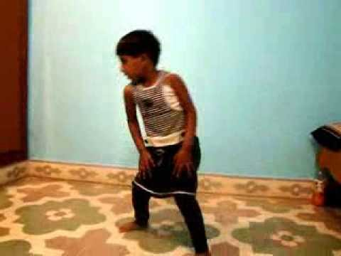 3 Year Old Kid Varsha From Bangalore, Best Dance Ever For Kannada Punith Rajkumar's Song Jackie video