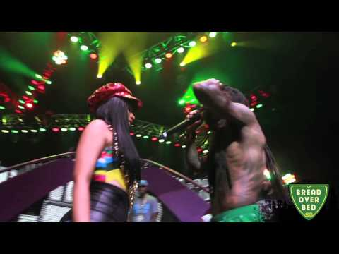 Nicki Minaj & Lil Wayne=Her Majesty Pt.1(Take 2 Head LIVE)