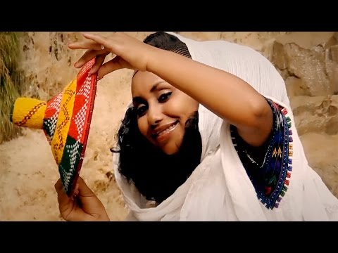 Zenebe Welay - Aykermnye / New Ethiopian Traditional Tigrigna Music  (Official Video)