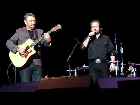 Alfie Boe-lolita chitarra Romana la Paloma  O Sole Mio  It's Now Or Never At Watford 21.05.12 Hd video
