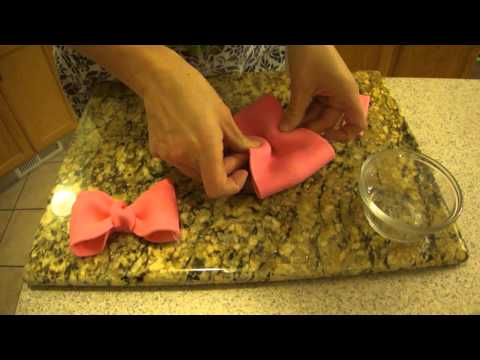 How to make a Fondant Bow for use in cake decorating