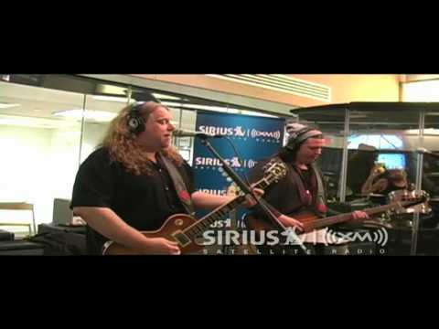 Govt Mule - Broke Down On The Brazos