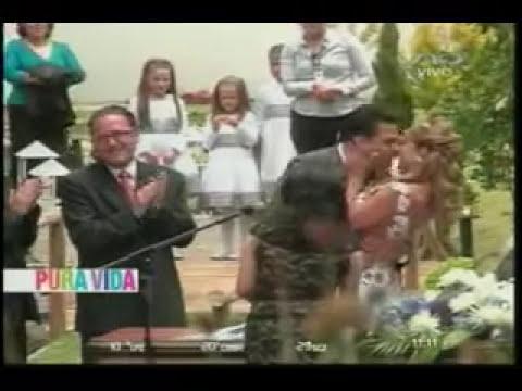 LA PAZ BODA MARICRUZ Y LUIS REVILLA