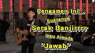 Suaranya Serak Banjirrrr - Jawab Armada ( Cover ) | Tri Suaka