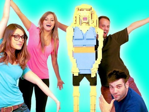 LIFE SIZE LEGO iJUSTINE!