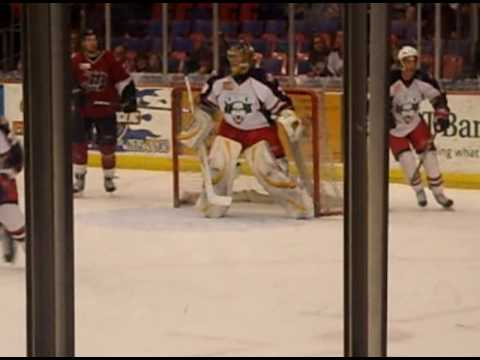Syracuse Crunch's new goalie Kevin LaLande vs. Lake Erie Monsters 3-13-09 Video