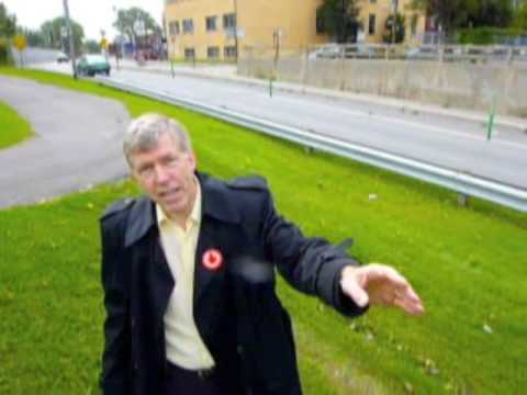 David Hanna exposes the Tremblay-Applebaum bicycle path scandal in NDG on de Maisonneuve Boulevard. Visit http://www.davidhanna.ca.