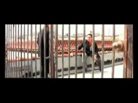 Rooftop fight scene from Mel Gibsons Lethal weapon 4 with Jet Li.