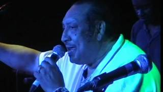 Watch Barry Biggs Sideshow video