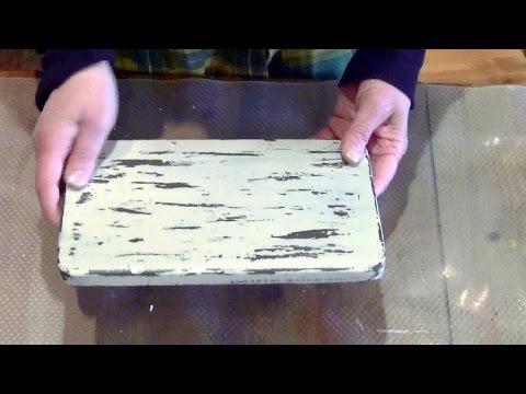 Как состарить дерево. Эффект потертой краски