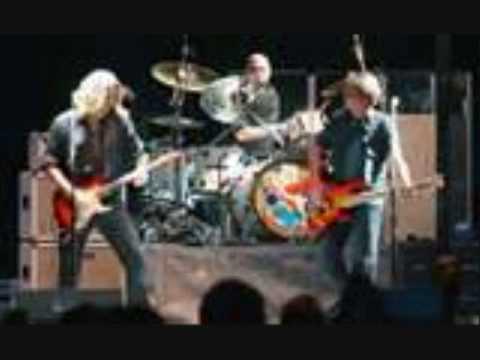 Steve Miller RARE live show--cash aint nothing but trash