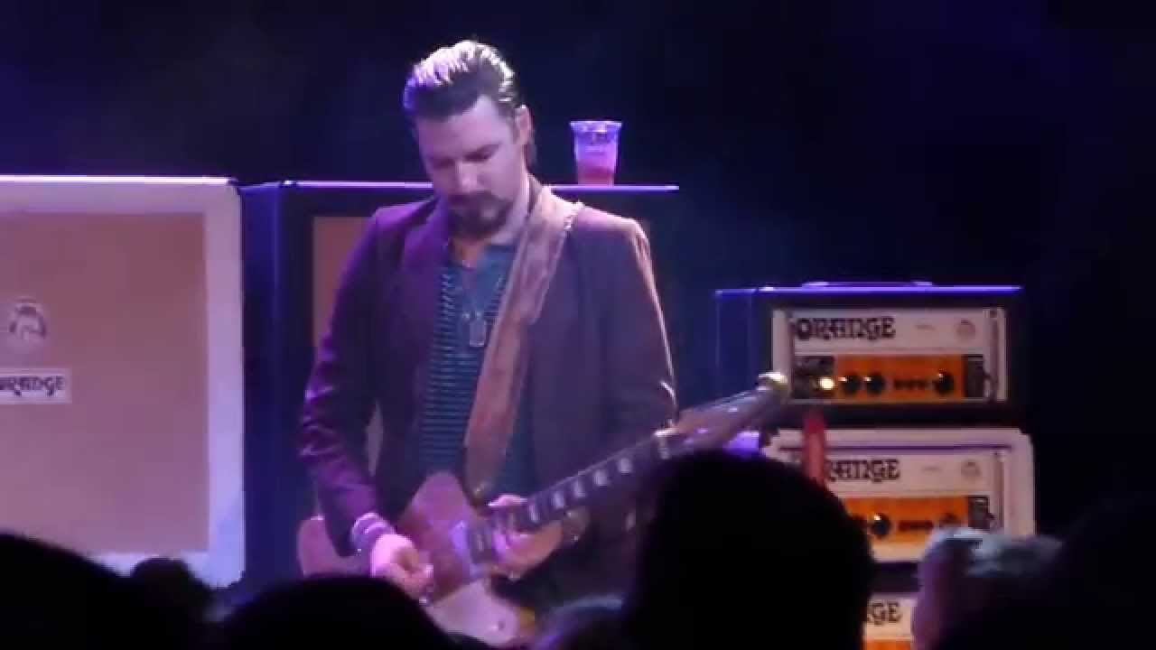 Rival Sons Keep On Swinging