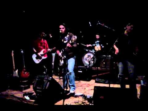 Carnivoros Rock -En La Mira En la Plata