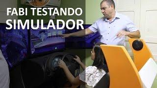 SIMULADOR DE DIREÇÃO - Fabiana faz o teste