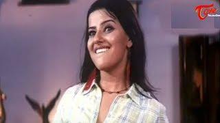 Hot Scene -  Madhu Sharma removing her dress
