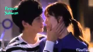 Download KOREAN HOT KISS 3Gp Mp4