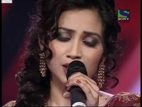 Xfactor Shreya Ghoshal Singing Lag Ja Gale video