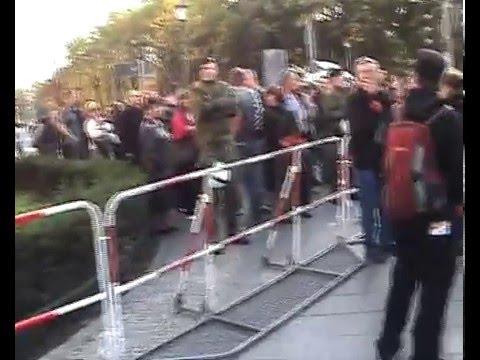 surveilling anti-surveillance crowd...