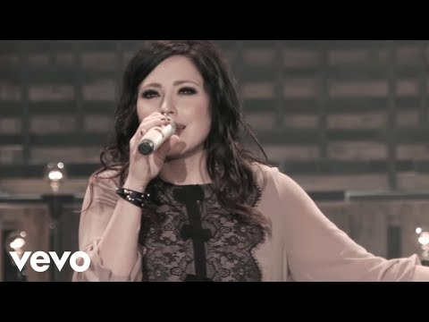 Kari Jobe - Let The Heavens Open