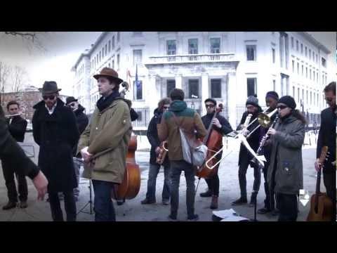 Miniatura del vídeo Escrache Botschaft von Spanien (Berlin)