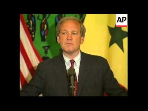 SENEGAL: MIKE MCCURRY PAULA JONES CASE PRESS CONFERENCE