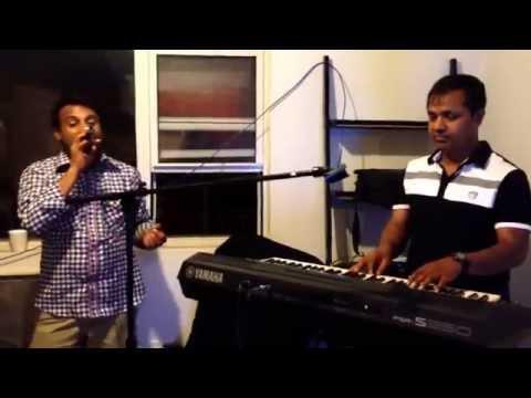Tumi Konba Deshe Roilay. Singer: Sabuj. Keyboard: Jaman video
